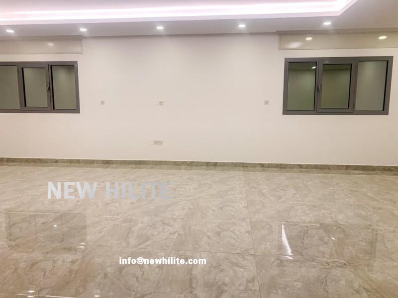 Brand New Four Bedroom Floor in Daiya