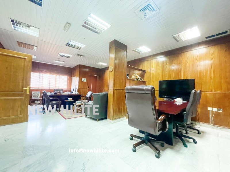 Commercial office floor for rent in Kuwait city